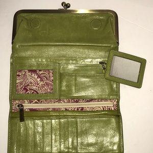 HOBO Green Leather Trifold Clutch kisslock Wallet
